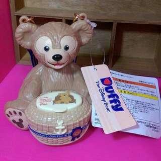絕版迪士尼日本達菲。糖果盒有標。 無糖果哦~