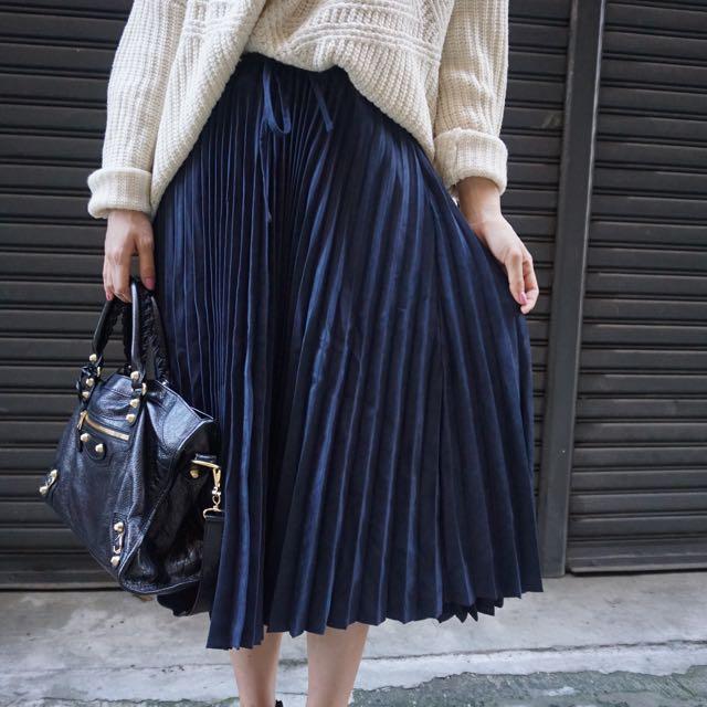 麂皮感 百折裙 鬆緊有綁帶