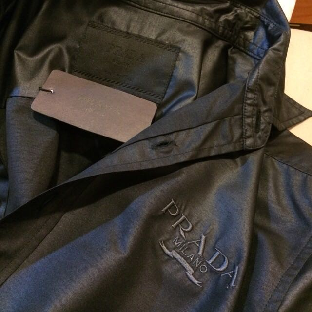 Prada 男 襯衫 黑色 義大利製 全新吊牌未拆 L號 衣