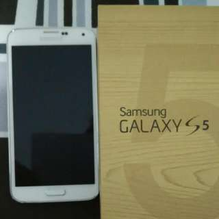 Samsung S5 White For Sale
