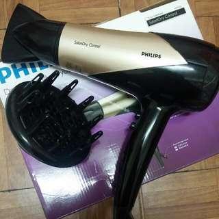 菲利普吹風機HP8182