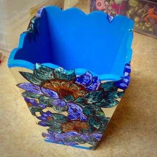 Blue Flower Wooden Bin