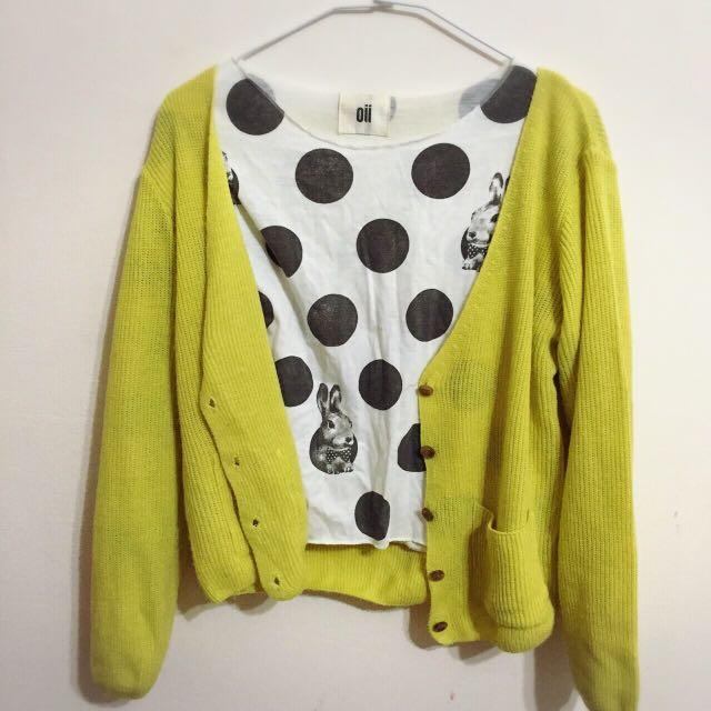 黃色針織衫+兔兔上衣