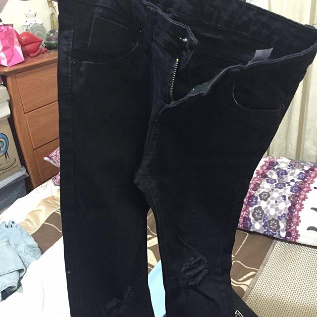 黑色小腳褲