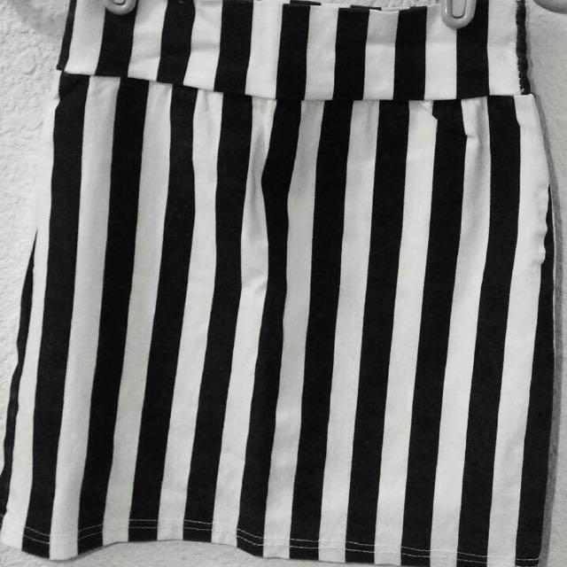 二手黑白條紋裙
