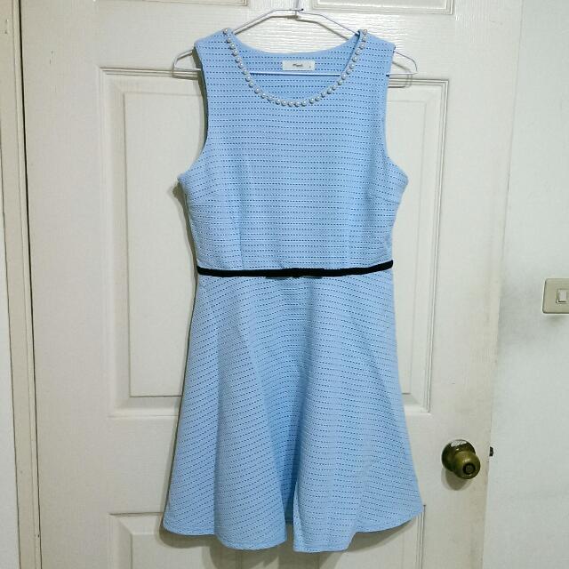 領口串珠禮服洋裝 淺藍M