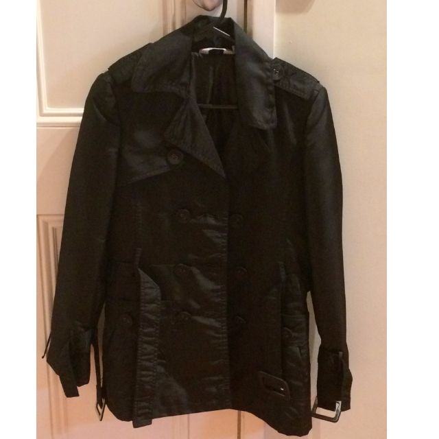 Black Trench Coat (Tilii)