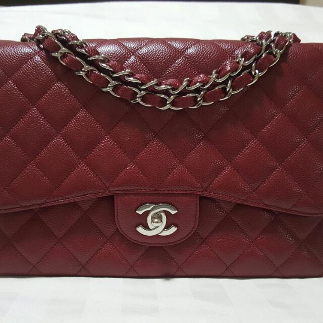 ba3c304c2db2 Chanel Dark Red Caviar Classic Jumbo Single Flap Bag in SHW, Luxury on  Carousell