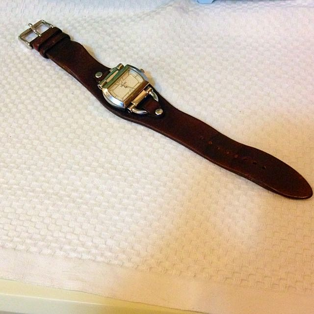 Fossil Leather Brown