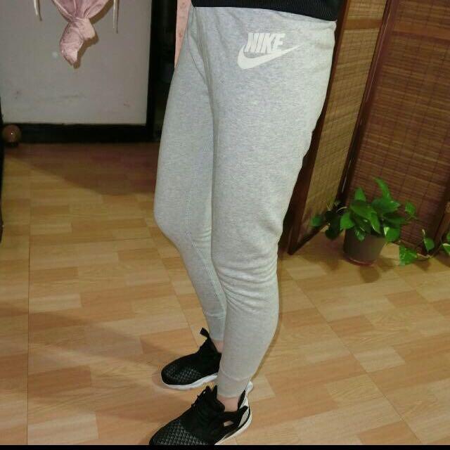 Nike縮口褲 女版m號正品