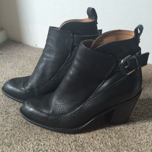 Zara Basics Size 36 Black Ankle Boots