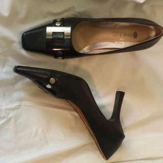 Vintage Black Shoes