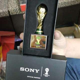 2014 世界盃 Sony 迷你獎盃 全新有盒