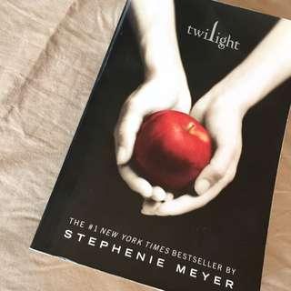 (保留中)暮光之城Twilight英文小說