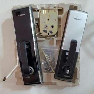 (Reserved) Samsung Smart Digital Door Lock SHS5230 - USED