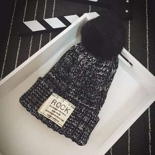 可拆式毛球X黑白混色毛帽(原價480大洋)