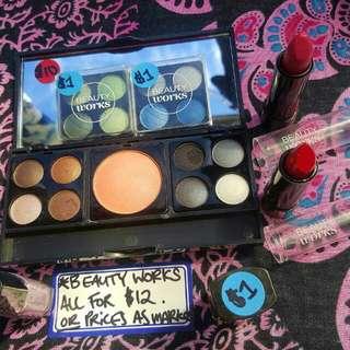 Beauty Works Mini Make-Up Kit.