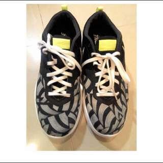 二手 Nike Lunar racer 運動鞋