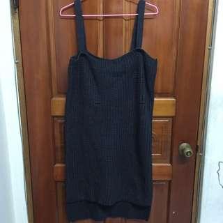 超厚實粗針織吊帶裙