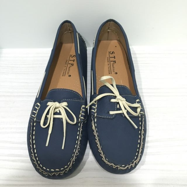 (含運)全新專櫃平底豆豆鞋25cm