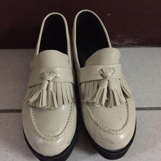 米色厚底鞋39號