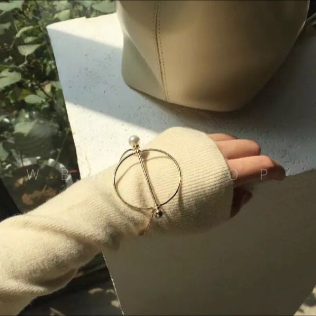 *現貨*金色幾何圓形手鐲珍珠復古圓型手環古著配件