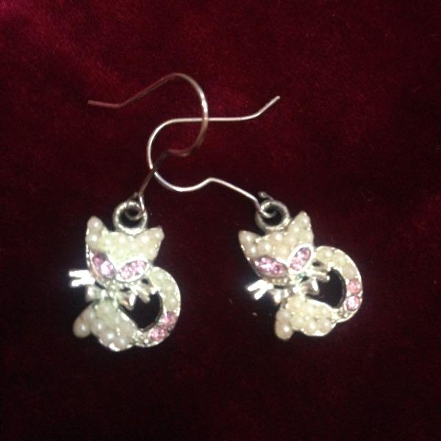 小珍珠粉紅鑽貓咪耳環