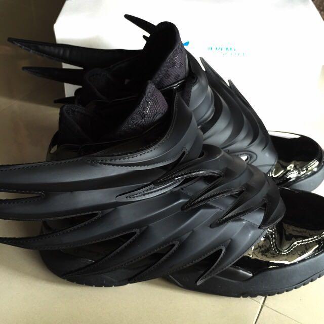 Authentic Adidas Jeremy Scott Wings 3.0