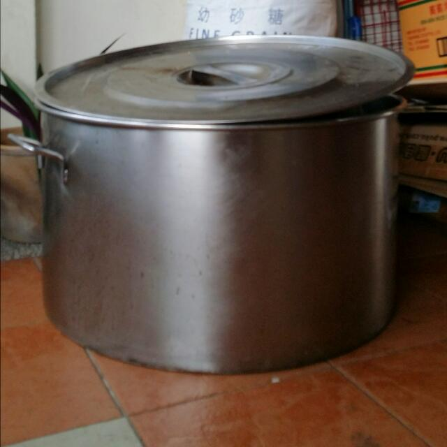 Giant Stainless Steel Cooking Pot 60 Cm