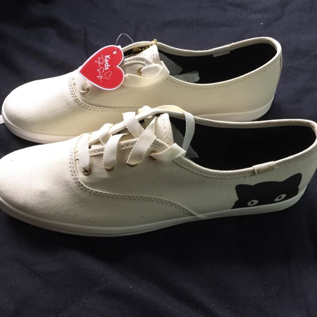 be4095d2c2b KEDS Taylor Swift s Champion Sneaky Cat Shoes