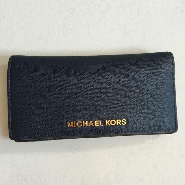 43aceee82b1c Pending  Michael Kors Jet Set Travel Large Slim Wallet