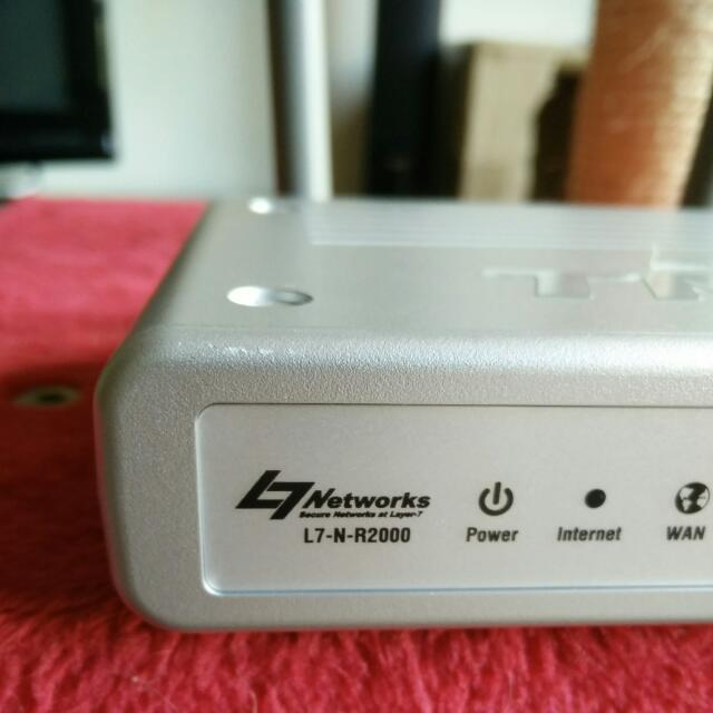 Networks L7-NR2000 Wireless Router (Dlink)