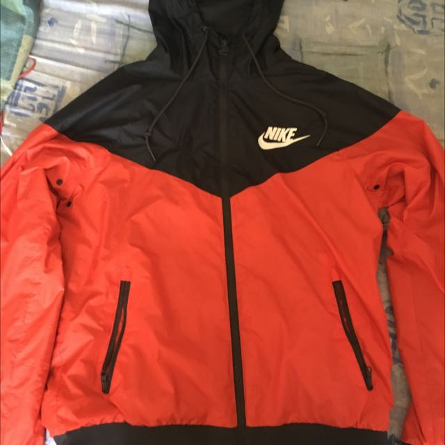 Nike Windrunner/Spray Jacket