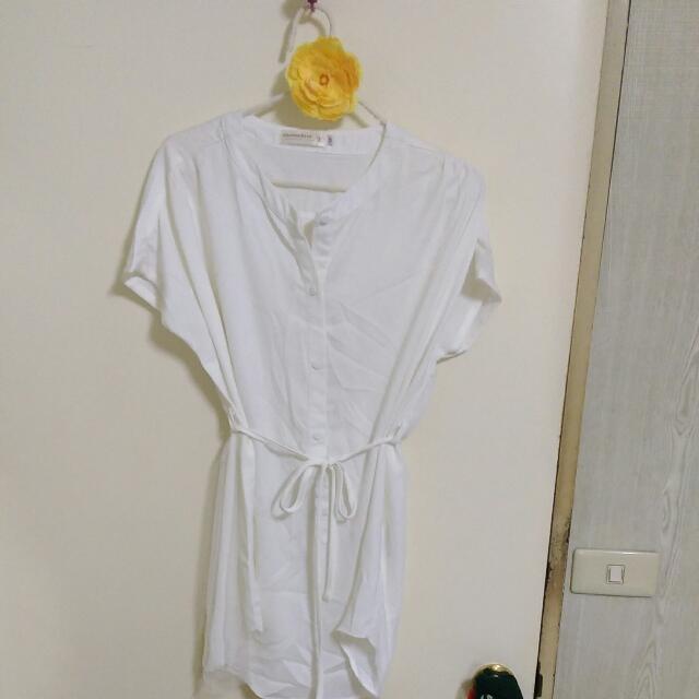OB白色綁帶長版短袖上衣