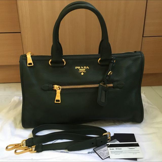 6972237d583993 (on Hold)Prada BL0805 Vitello Daino Zipped Tote, Luxury on Carousell