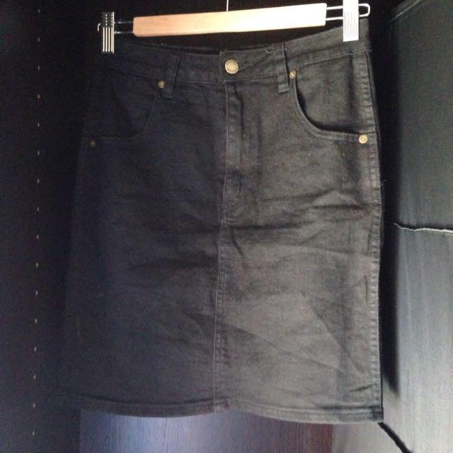 9daef3c420 ROLLAS 'High Mini' Black Denim Skirt, Women's Fashion on Carousell