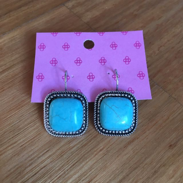 Silver And Turquoise Dangle Earring