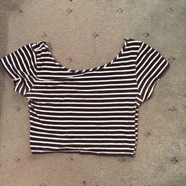 Striped Crop Size S