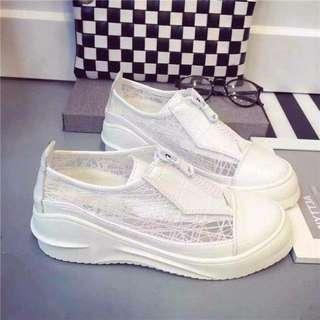 只賣2小時 歐美潮款 鏤空設計休閒平底厚底鞋 網紗蕾絲流線型 35 36 37 38 黑色白色