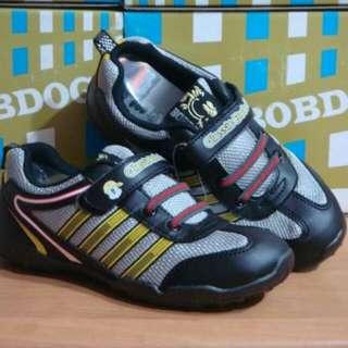 全新BOB DOG專櫃童鞋----灰色輕量休閒鞋22號(21.5CM)~