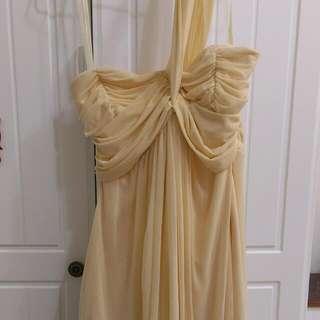 粉鵝黃小禮服