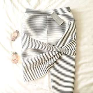 Sheike Asymmetrical Black And White Striped Fold Skirt