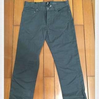H&M Slim Fit 鐵灰長褲