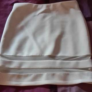 H N M White Stretchable Mesh Inserts Skirt