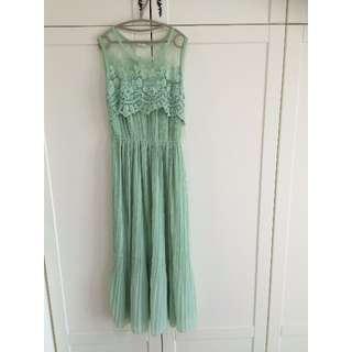 超美女神蕾絲鏤空雪紡長洋裝 嫩綠色