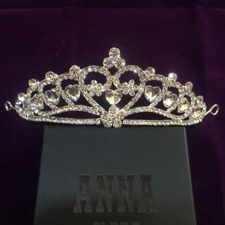 全新。新娘飾品愛心型大皇冠 施華洛世奇水鑽白鑽愛心大皇冠 - 現貨