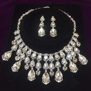 全新。新娘飾品 施華洛世奇水鑽白鑽項鍊+夾式耳環 - 現貨