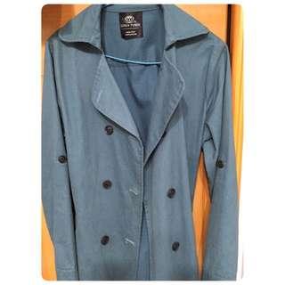 排釦大衣外套