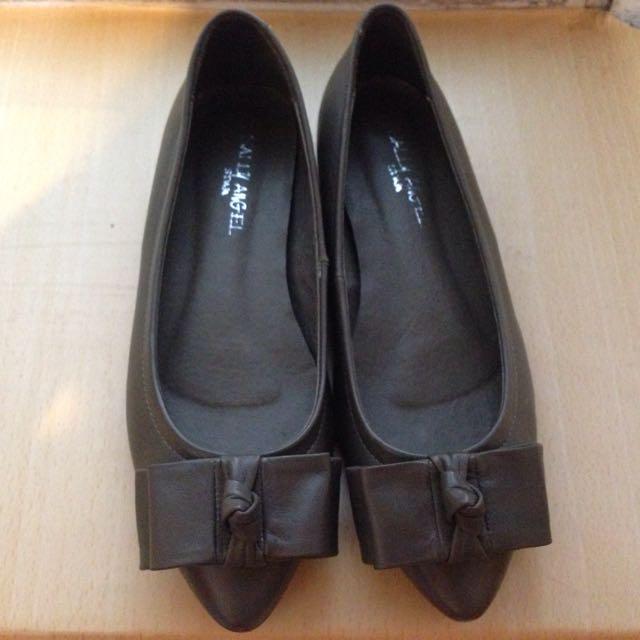 深灰尖頭平底鞋(37號)