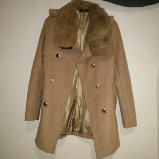 兔毛領挺版大衣外套
